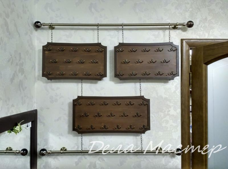 Полка для украшений и бижутерии на стену и